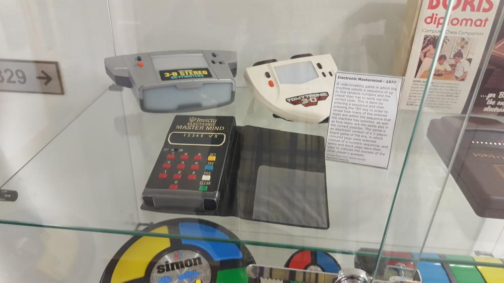 Retro Computers - Technology - MFGamers